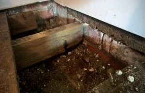 Rising damp in this 18th century property because there is no dpc as he had'nt been invented yet